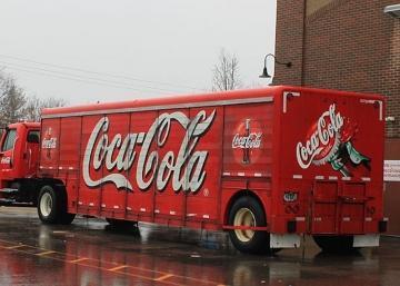 Le géant Coca-Cola dans l'eau chaude....