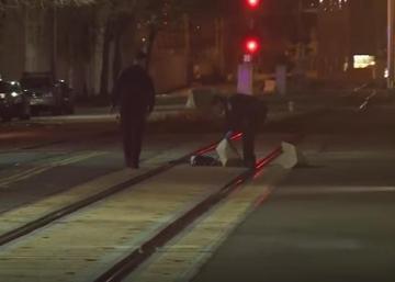 Deux membres d'un groupe de musique frappés par un train