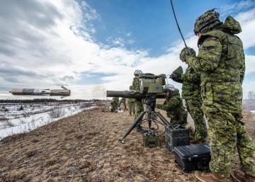 L'armée pour empêcher les migrants de rentrer au Canada?