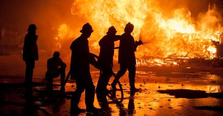 Important incendie dans un entrepôt