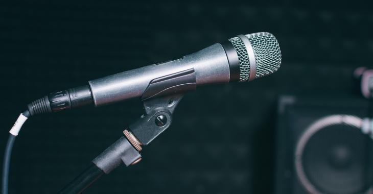 Un populaire chanteur retrouvé inconscient