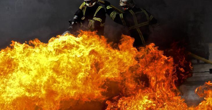 Trois morts dans l'explosion d'une roulotte