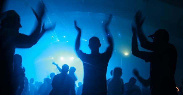Viol collectif lors d'une fête entre ados?