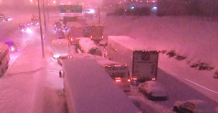 Plus de 1000 personnes coincées sur l'autoroute 13