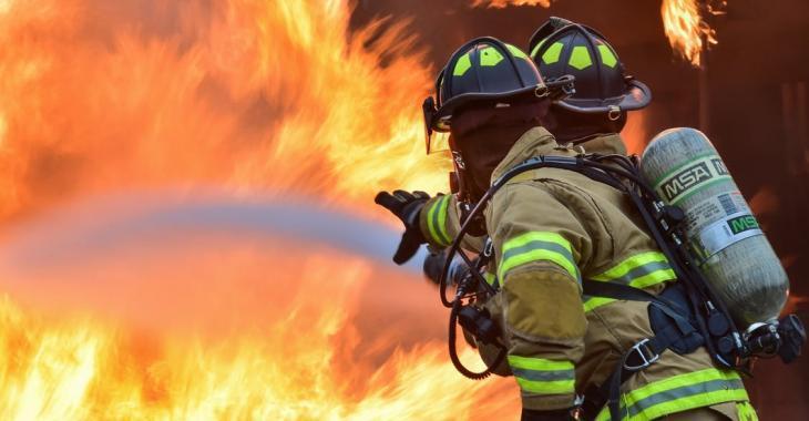 Un grave incendie envoie huit familles à la rue