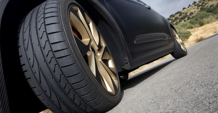 Dangereuse vague de méfaits contre des automobilistes
