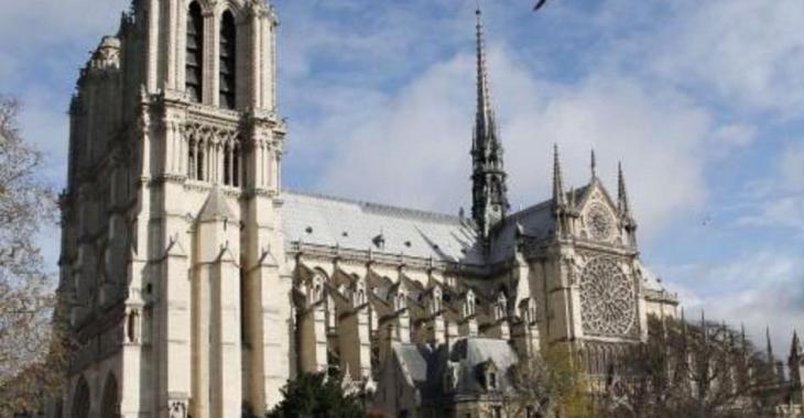 Attaque à Notre-Dame de Paris