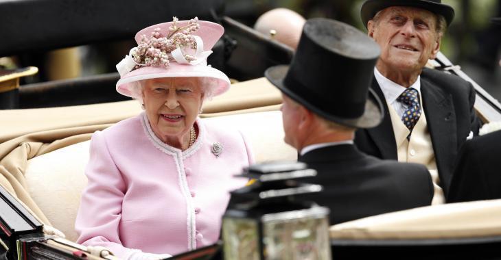 Réunion d'urgence chez la famille royale