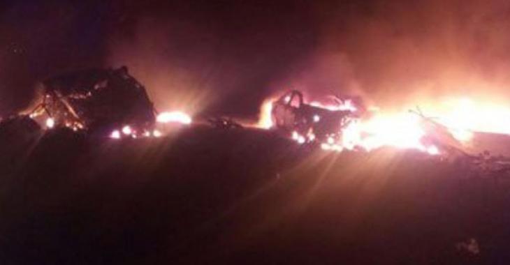 ACCIDENT  |Un camion transportant du pétrole prend feu