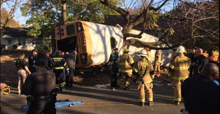 Plusieurs décès dans un accident d'autobus scolaire