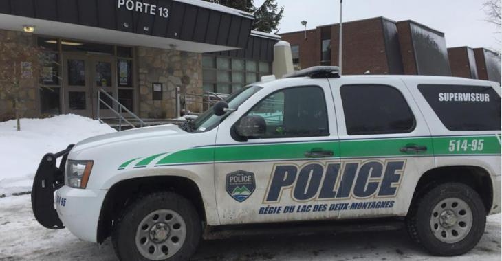 Opération policière dans une école secondaire du Québec