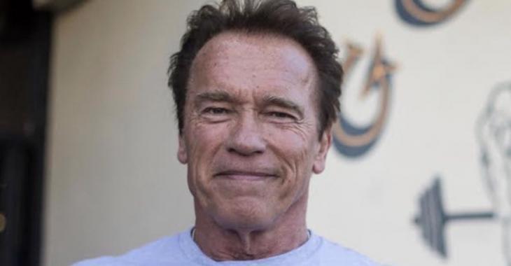 Arnold Schwarzenegger fait un don d'un million de dollars afin de lutter contre le coronavirus.