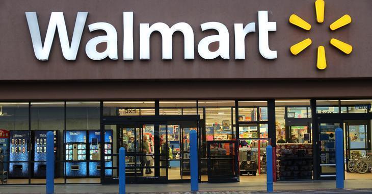 Des États interdisent à certains Walmart et Costco de vendre des produits non-essentiels