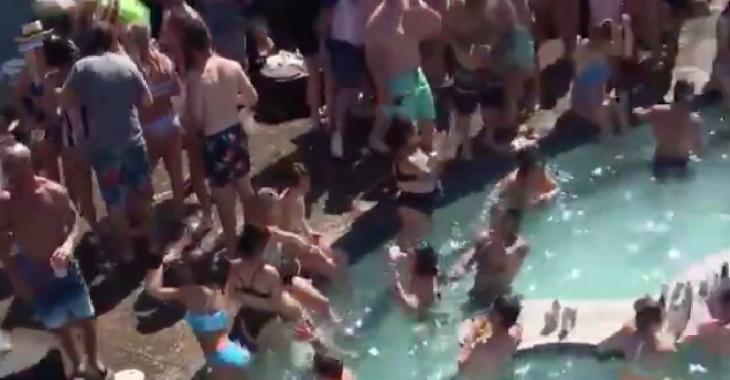 Les images d'un immense «party piscine» aux États-Unis font scandale