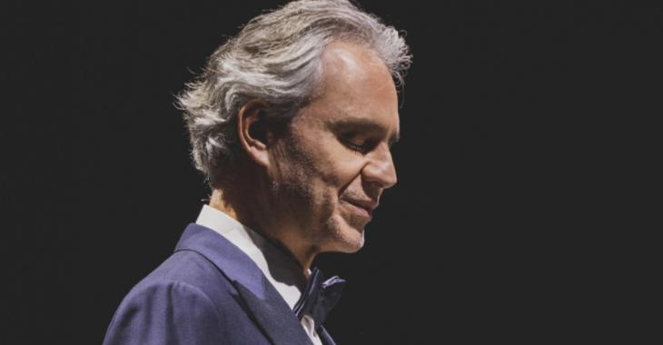 Andrea Bocelli affirme avoir été contaminé par la COVID-19.