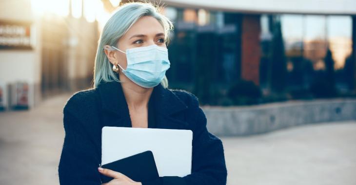 Une nouvelle étude affirme que l'efficacité des masques pourrait être améliorée par du sel
