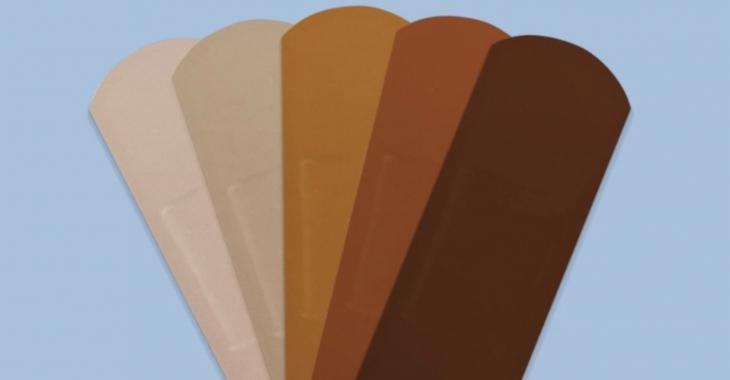 Band-Aid propose maintenant des pansements pour toutes les couleurs de peau.