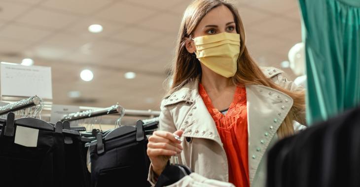 En France, le masque sera obligatoire dans les lieux clos dès le 1er août