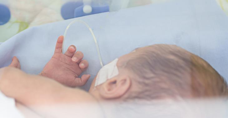 Éclosion de COVID-19 dans une unité de soins intensifs pour nouveaux-nés d'un hôpital canadien