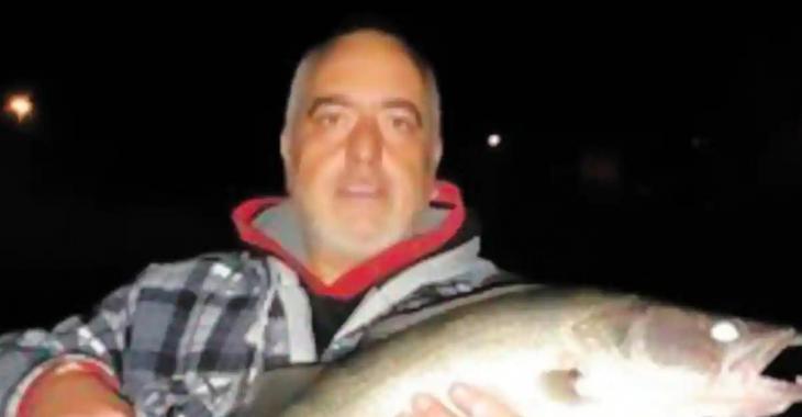 Un homme meurt noyé en tentant de récupérer à la nage son bateau téléguidé.