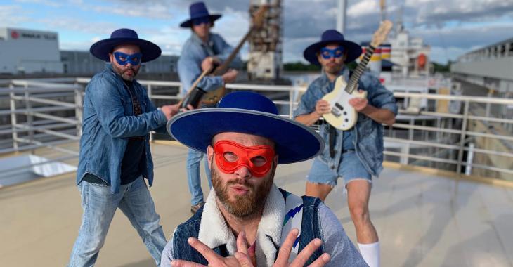 «Oublie pas ton masque»: Bleu Jeans Bleu change les paroles de son succès «Oublie pas tes sacs» pour IGA