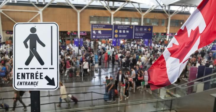 Les arnaques pour immigrer au Canada se multiplient sur le web