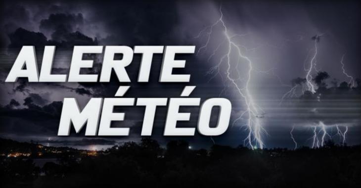 Plusieurs secteurs du Québec sous la menace d'orages violents cette semaine