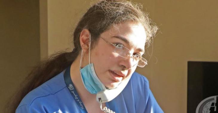 Une infirmière sauve 3 bébés suite aux explosions au Liban.