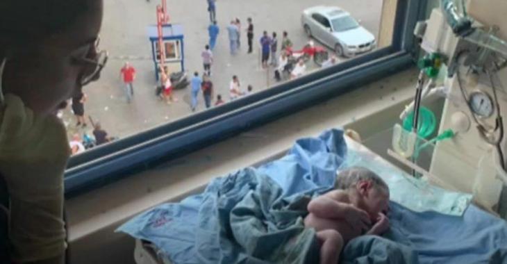Elle donne naissance pendant les explosions de Beyrouth, son mari filme toute la scène