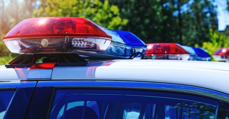 Trois policiers contractent la COVID-19 après une intervention dans une fête «hors de contrôle»