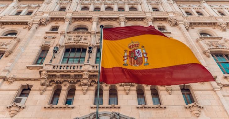"""COVID-19: La situation est qualifiée de """"critique"""" en Espagne"""