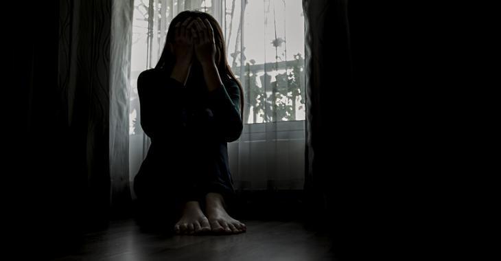 Une mère de famille asthmatique se voit refuser l'école à la maison, car elle n'est pas assez à risque
