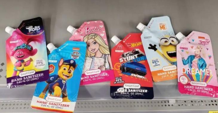Un désinfectant pour les mains vendu dans des emballages dangereux pour les enfants