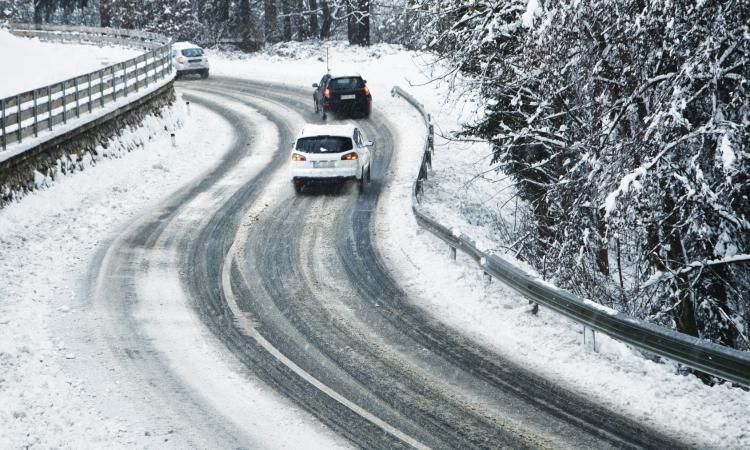 ACCIDENT |Collision entre un autobus et une voiture