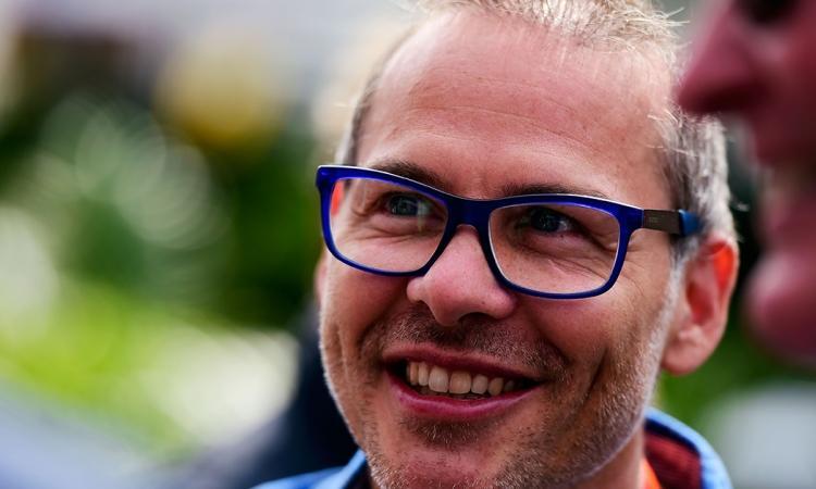 Jacques Villeneuve dans l'eau chaude