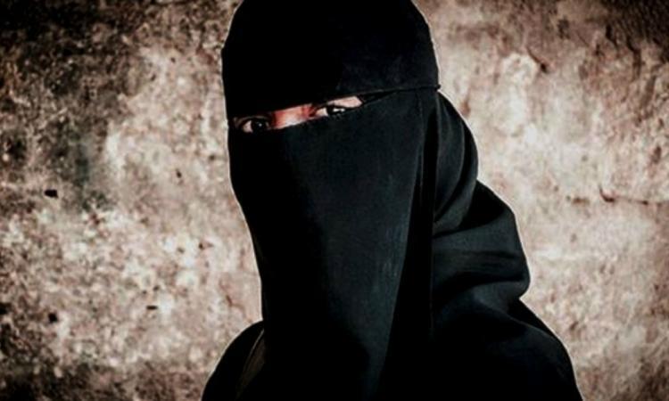 Accusée de terrorisme, cette Canadienne promet d'autres victimes