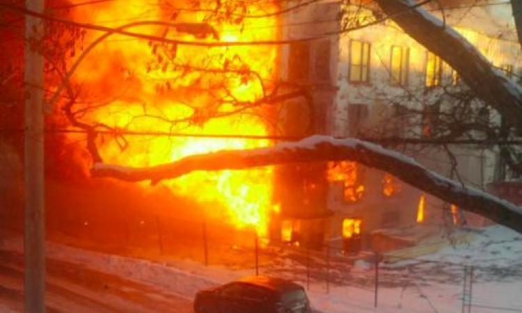 DERNIÈRE HEURE: Incendie majeur en cours près du centre-ville